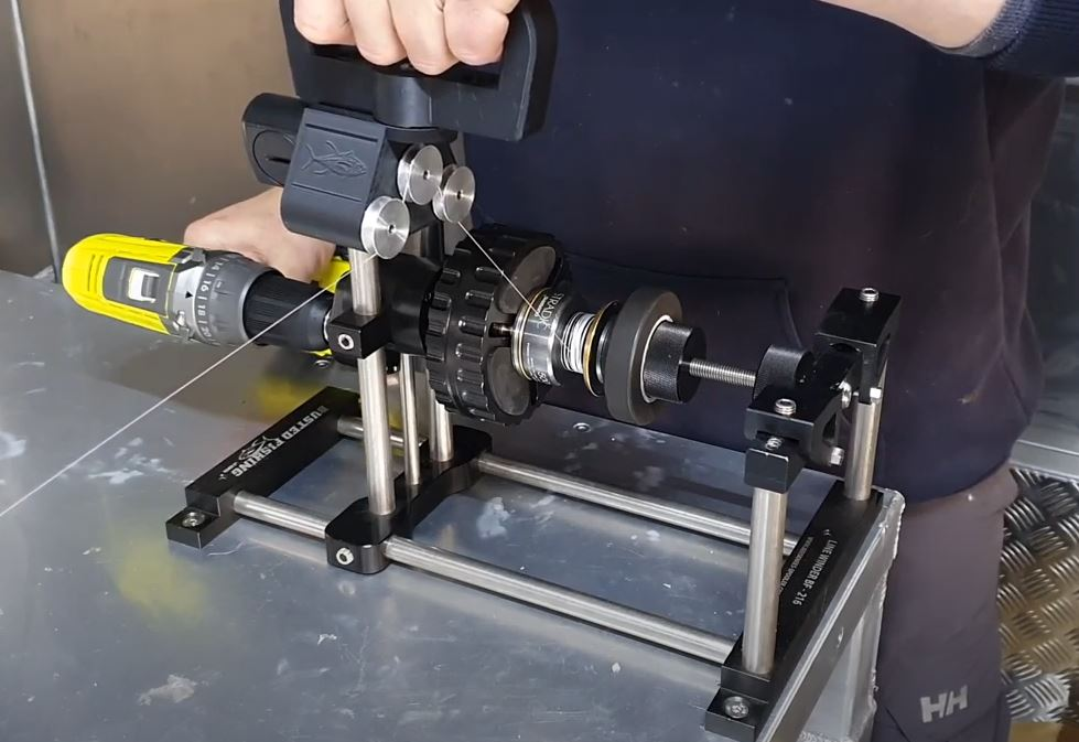 Spooling the braid onto a reel